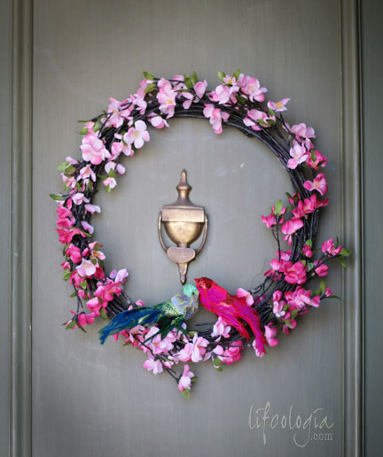 IMG_5731-spring-wreath-with-love-birds