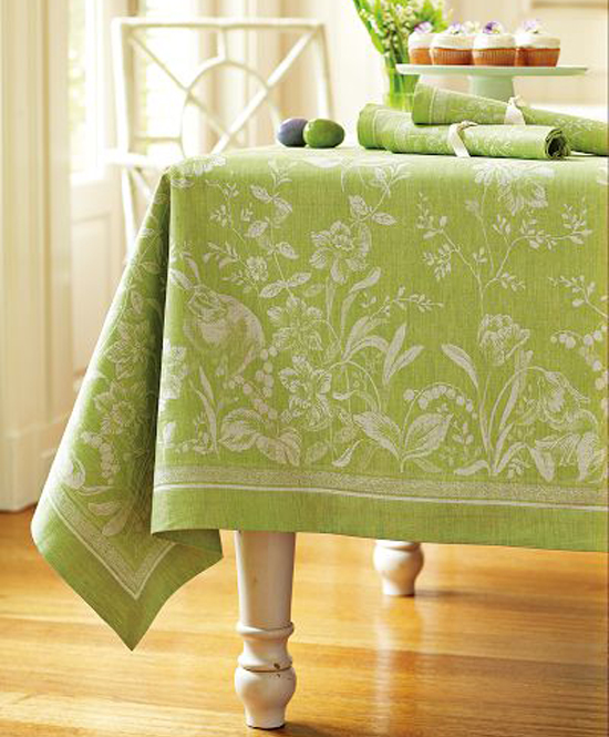 easter-table-cloth
