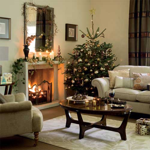 More christmas inspirations pure ella for Xmas living room ideas